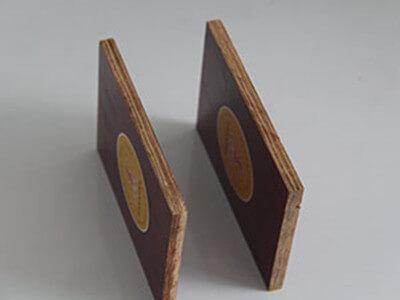 中南神箭竹胶板成品侧面展示图