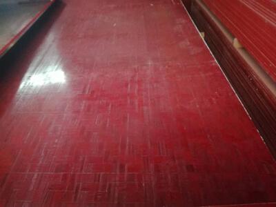 中南神箭做好的竹胶板成品